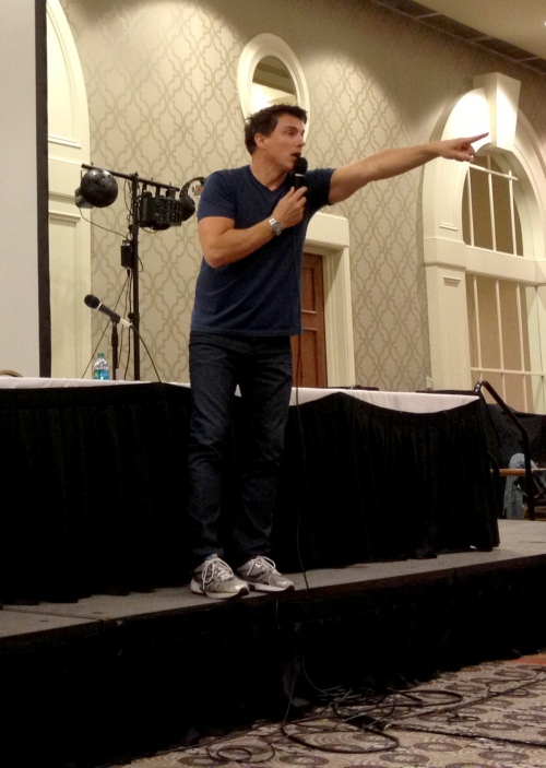 john-barrowman-panel-fandomfest2013-04