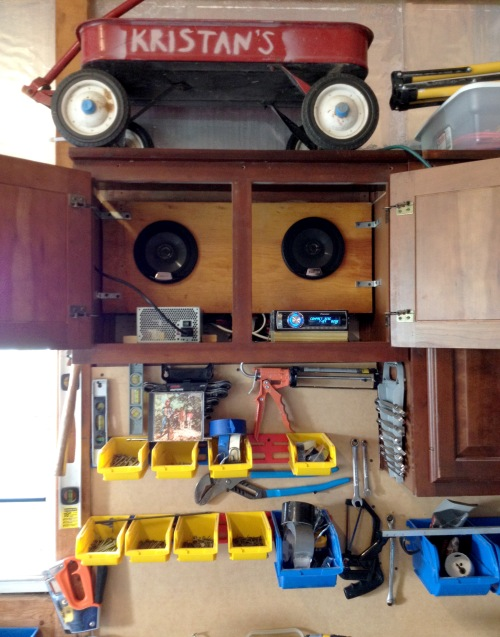 garage-stereo-02